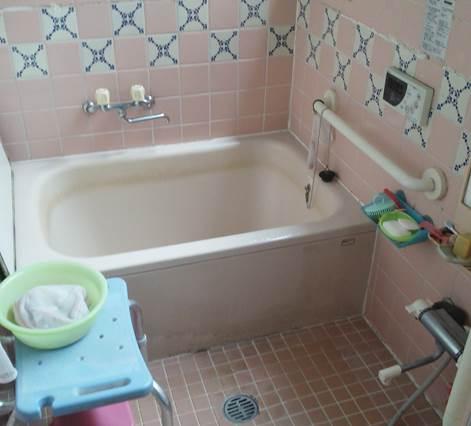 2-10 浴室 タイル風呂⇒ユニットバス 施工前