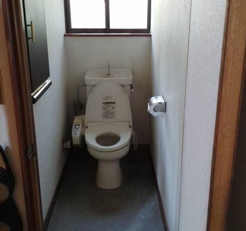 3-4 トイレ 洋便器 ⇒ 洋便器 施工前