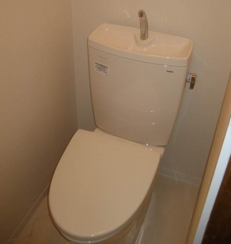4-9 トイレ 洋便器 ⇒ 洋便器